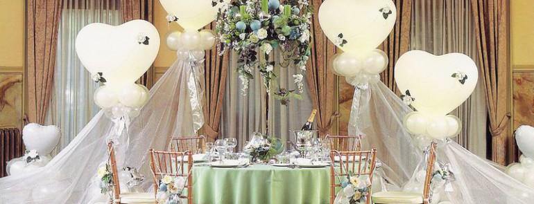 Léggömbdekoráció esküvőre