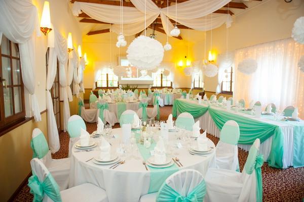 Merész esküvői színek